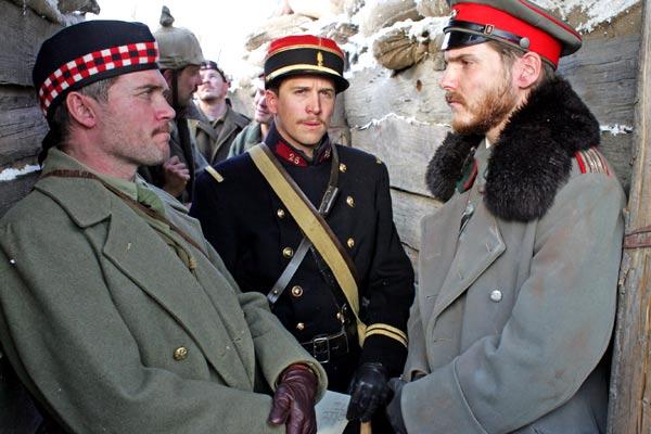 Guillaume Canet et Daniel Brühl. Nord-Ouest Production / Photo J.C. Lother