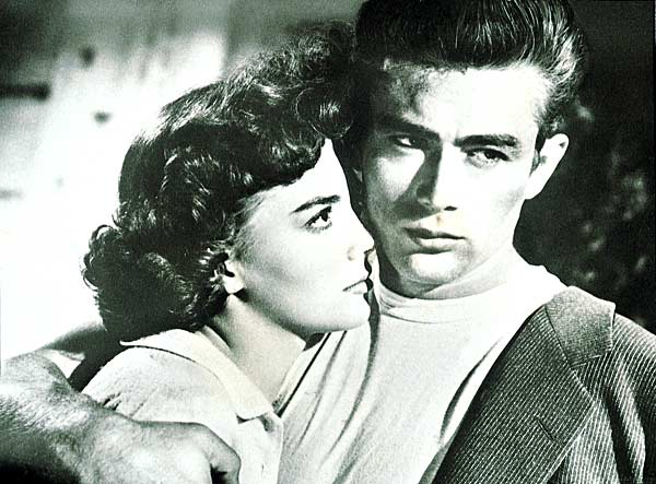James Dean et Natalie Wood. Warner Bros.