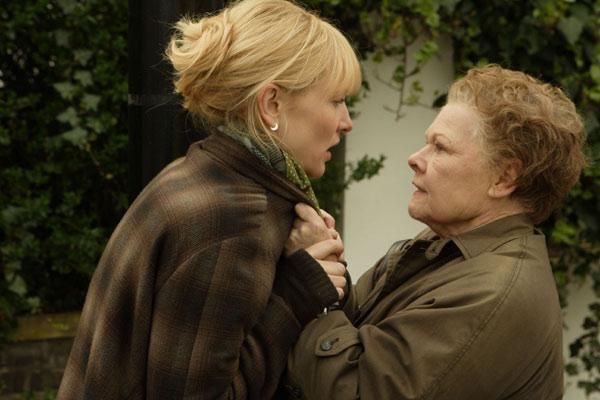 Cate Blanchett et Judi Dench. Twentieth Century Fox France