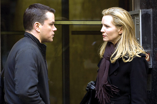 Matt Damon et Joan Allen. Paramount Pictures France
