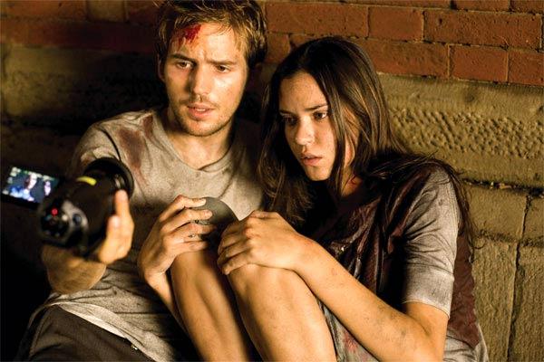 Michael Stahl-David et Odette Yustman. Paramount Pictures France