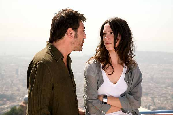 Javier Bardem et Rebecca Hall. Warner Bros. France