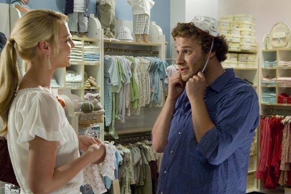 Katherine Heigl et Seth Rogen. Paramount Pictures France