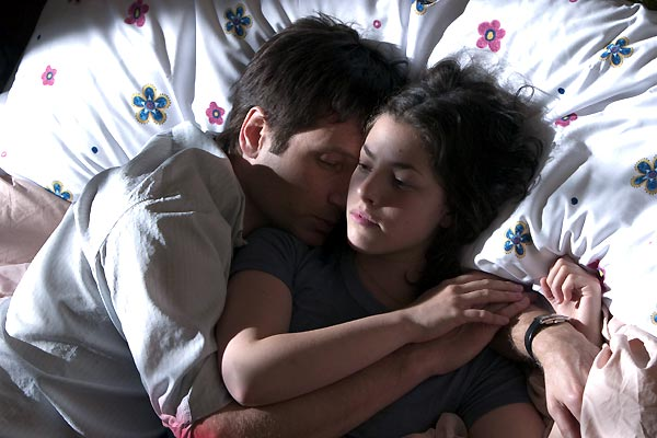 David Duchovny et Olivia Thirlby. EuropaCorp Distribution