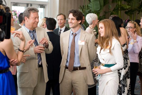 Hugh Dancy et Isla Fisher. Walt Disney Studios Motion Pictures France