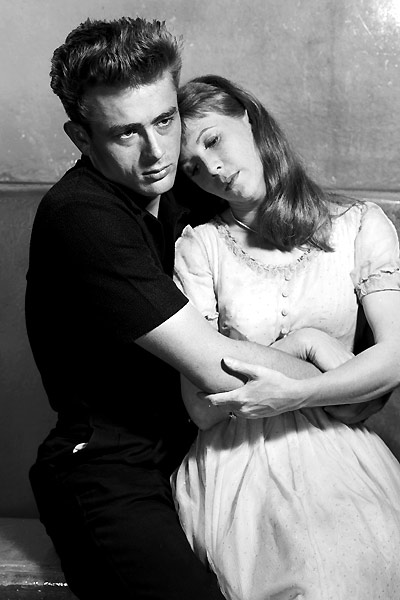 James Dean et Julie Harris. Warner Bros.