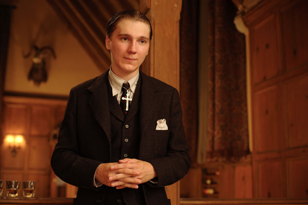 Paul Dano. Walt Disney Studios Motion Pictures France