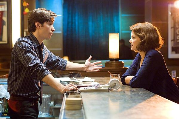 Justin Long et Ginnifer Goodwin. Metropolitan FilmExport