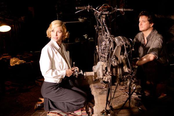Jessica Biel et Colin Firth. Pyramide Distribution