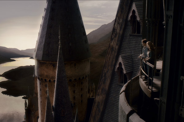 Daniel Radcliffe et Emma Watson. Warner Bros. France