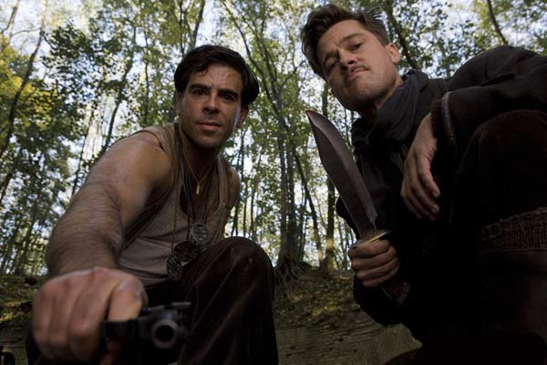 Eli Roth et Brad Pitt. Universal Pictures International France