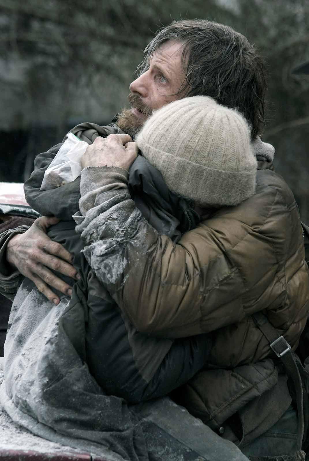 Kodi Smit-McPhee et Viggo Mortensen. Metropolitan FilmExport