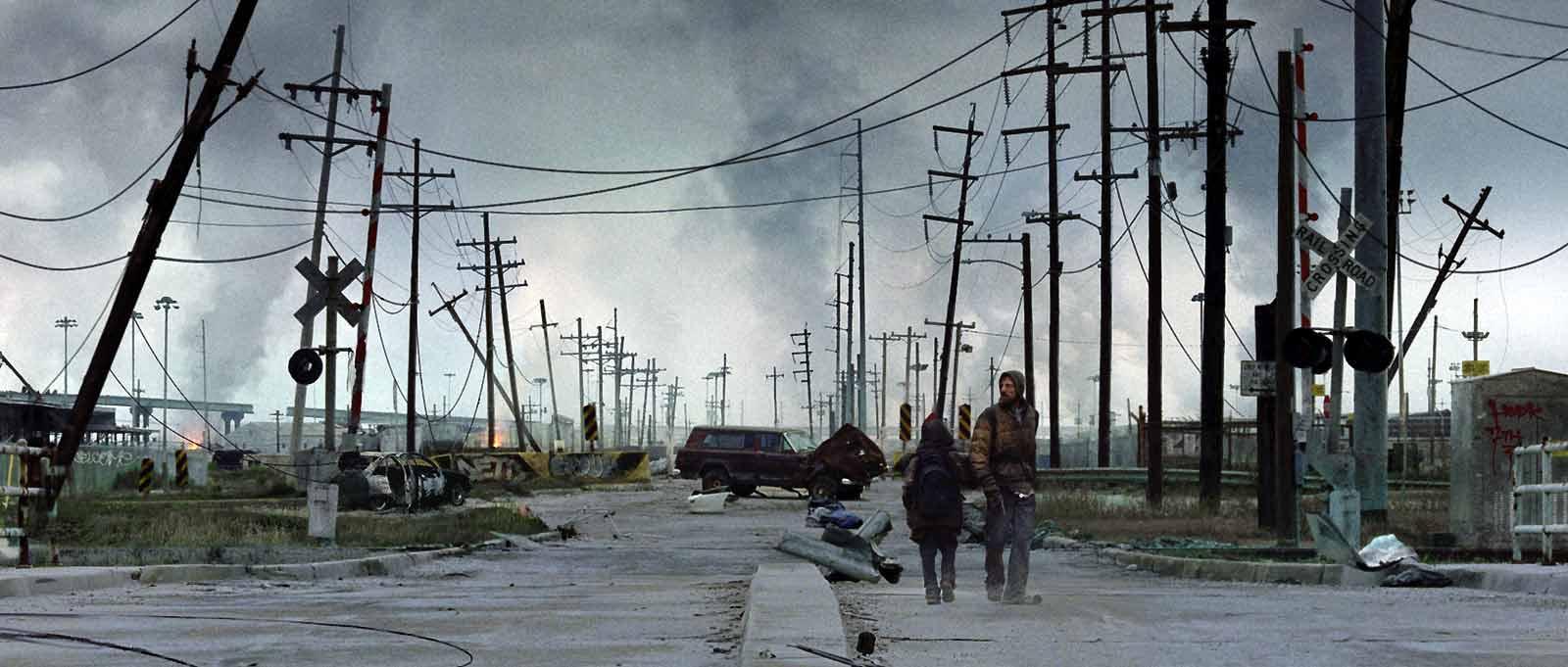 Viggo Mortensen et Kodi Smit-McPhee. Metropolitan FilmExport