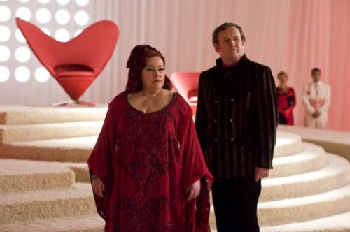 Kathy Bates & Colm Meaney. NBC Universal