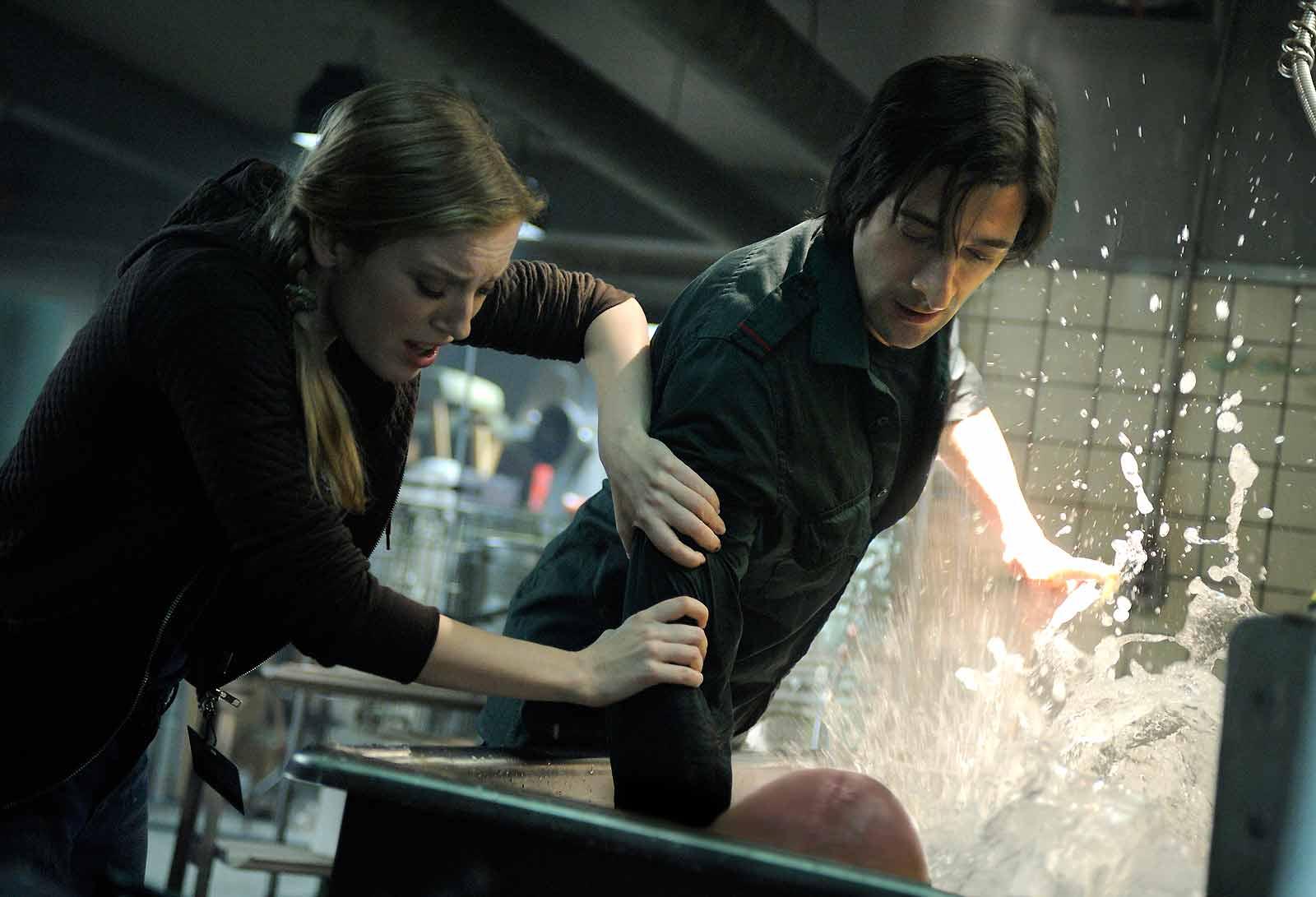 Sarah Polley et Adrien Brody. Gaumont Distribution