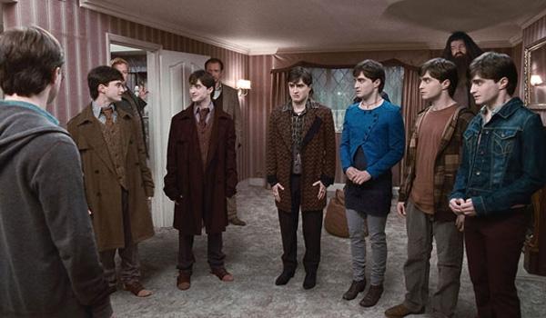 Daniel Radcliffe et Robbie Coltrane. Warner Bros. France