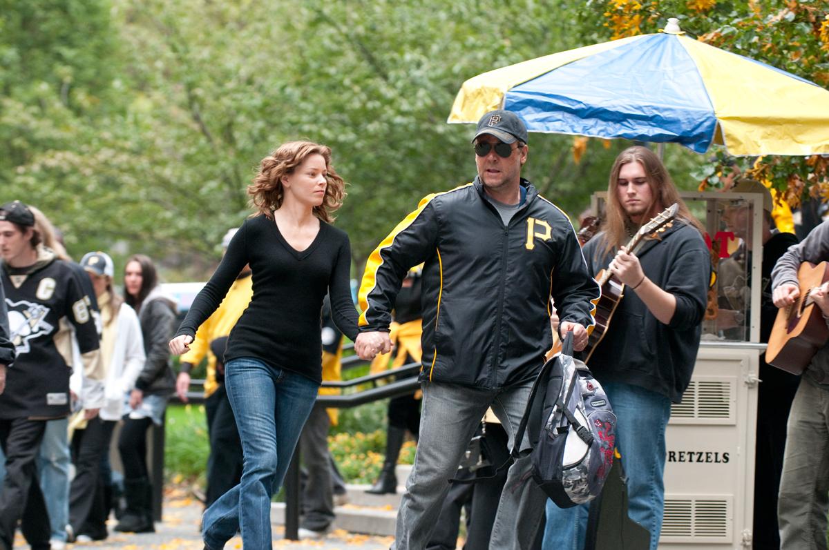 Elizabeth Banks et Russell Crowe. Metropolitan FilmExport